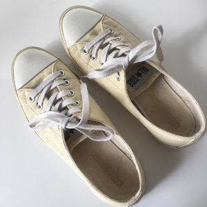 Converse light yellow Chuck Taylors W6
